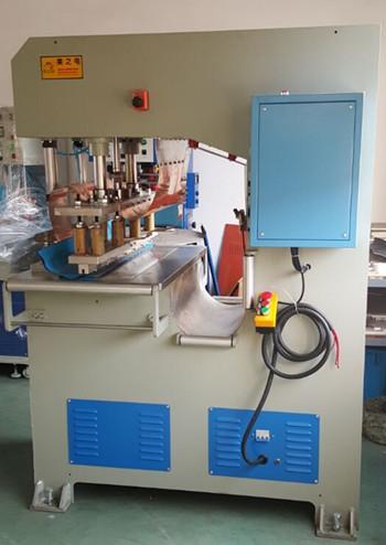 新款高周波膜结构焊接机