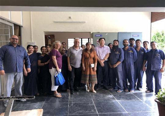 印度客户合作气胀救生衣热合机项目